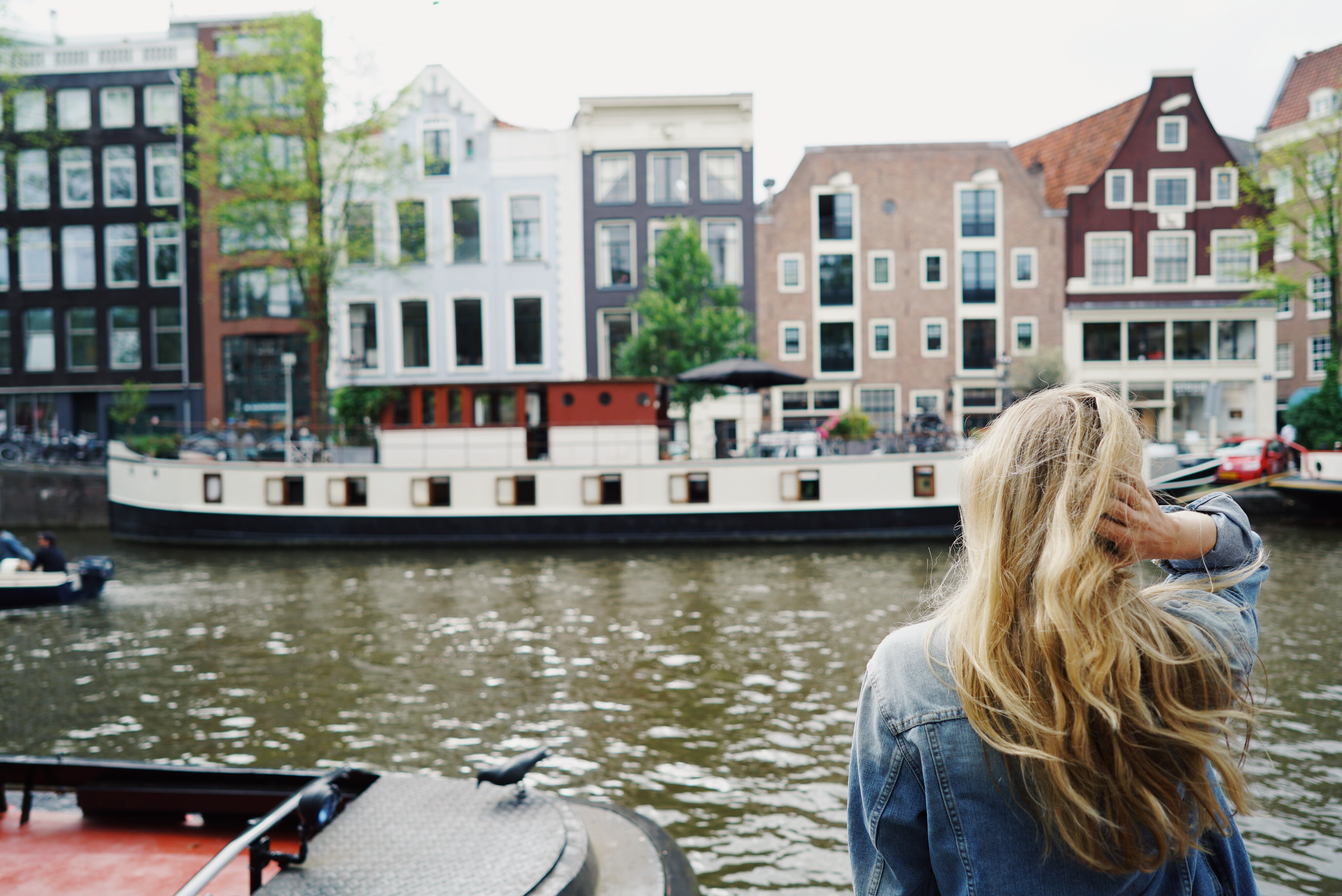 How to Travel Amsterdam, NL